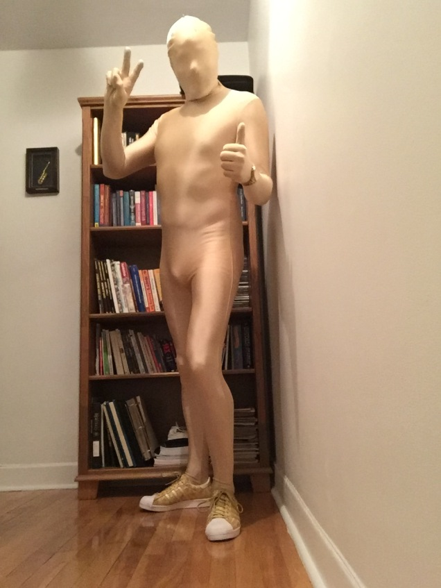 Jade Sambrook in his Halloween costume: The human Oscar award trophy.